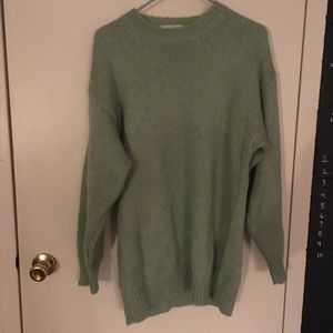 Sweaters - crew neck slouchy oversized green sweater.